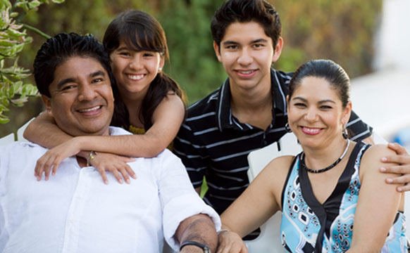 At El Pueblo Health Services, we specialize in healthy families.